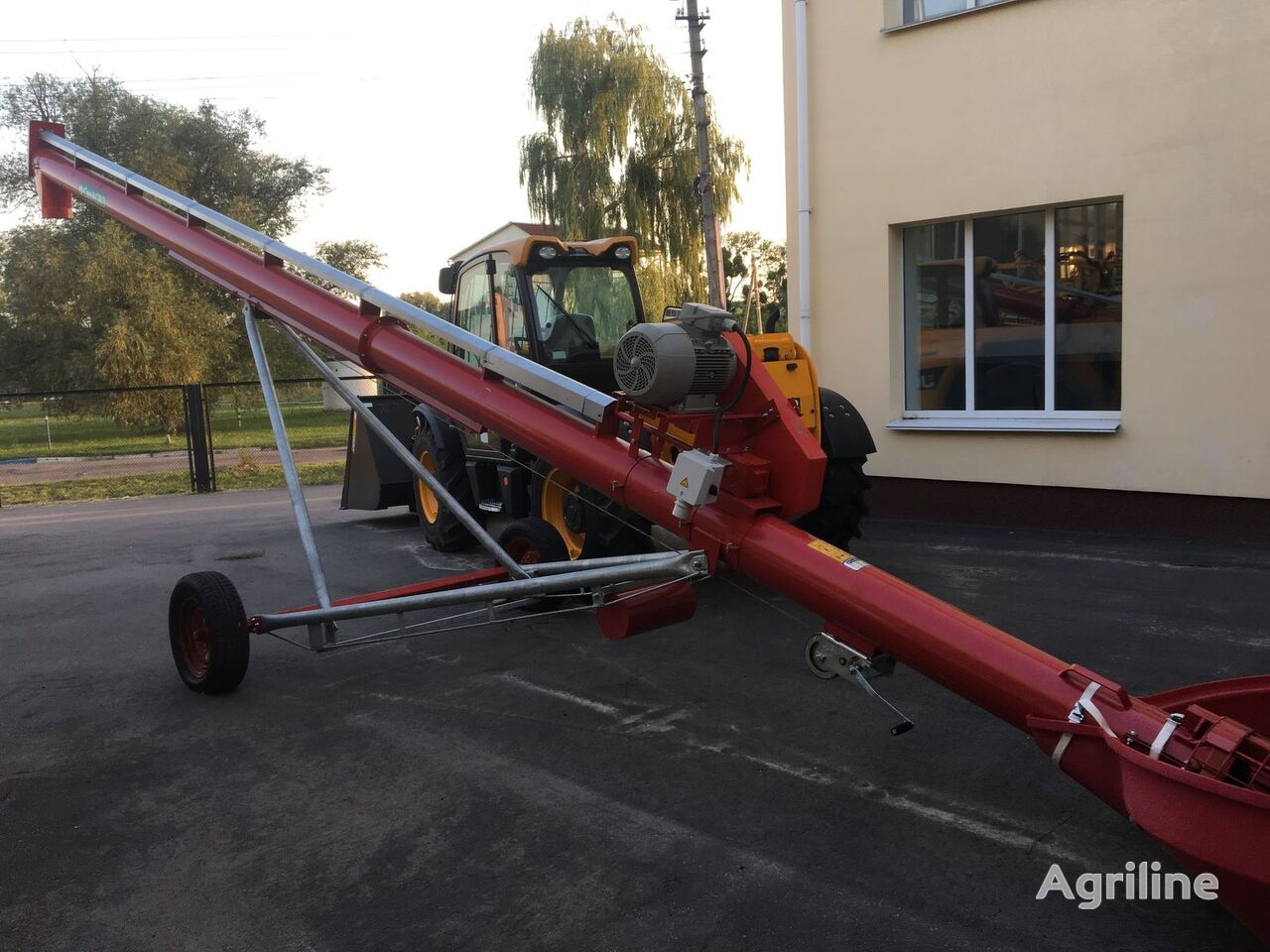 novi transporter zrna CANAGRO EMD1036