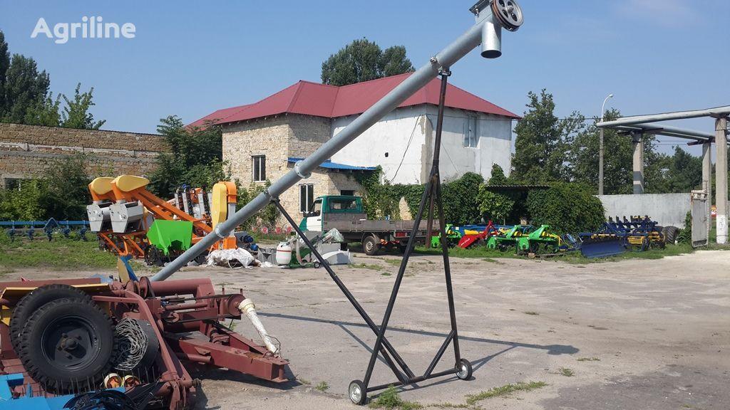novi transporter zrna Shnekovyy pogruzchik (Shnek) ZShP-1 (Polsha)