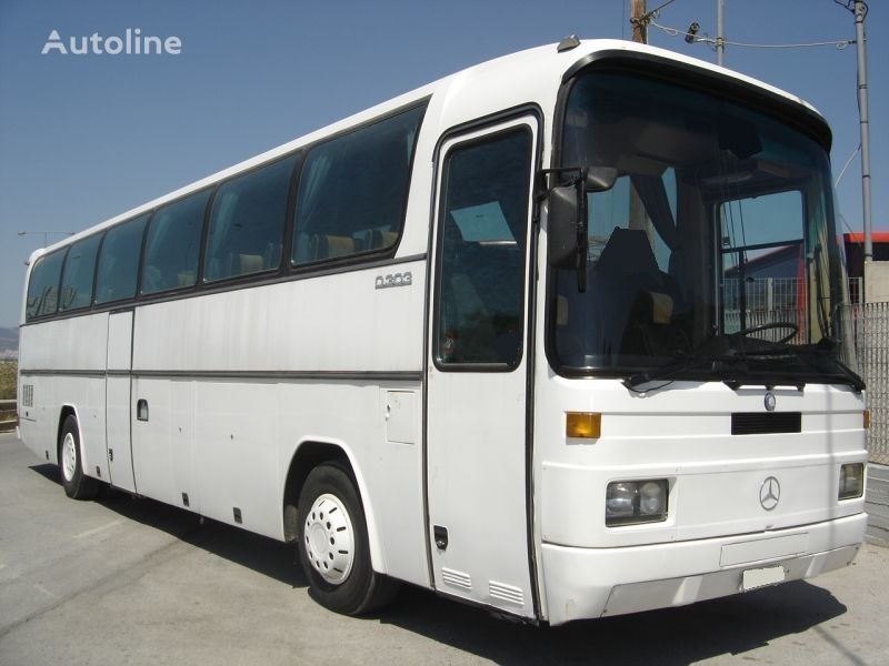 prigradski autobus MERCEDES-BENZ 303 15 RHD 0303