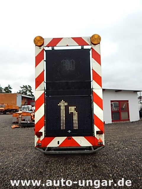 prikolica sa ravnom platformom SCHMITZ Schiffner &amp Verkehrsleittafel LED