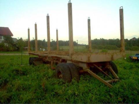 prikolica za prevoz drva