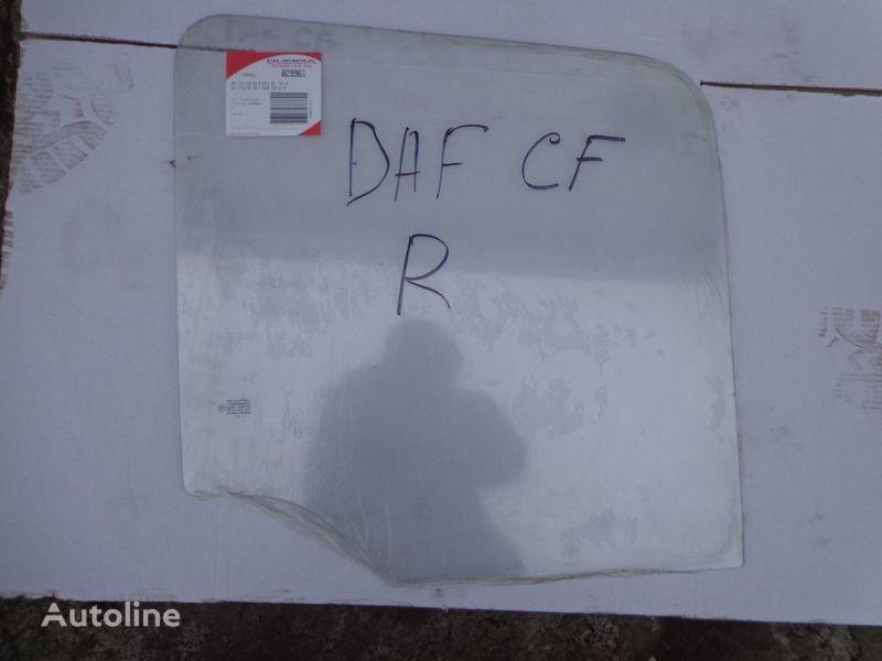 novo auto staklo  podemnoe za tegljača DAF CF