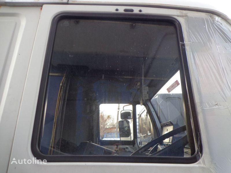 auto staklo  podemnoe za kamiona MAN 18