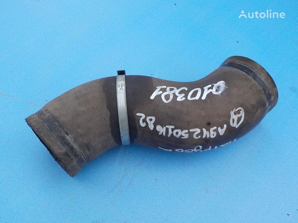 cevni priključak  radiatora za kamiona MERCEDES-BENZ