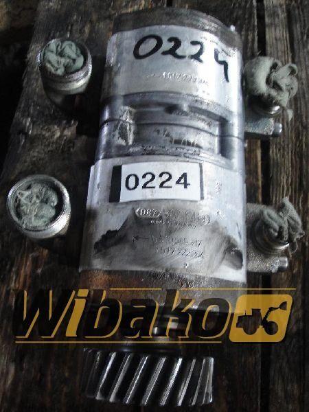 hidraulična pumpa  Hydraulic pump Bosch 0510565317/1517222364 za bagera 0510565317/1517222364