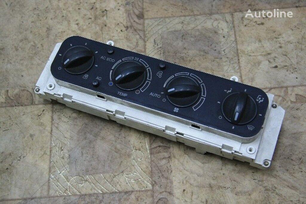 instrument tabla  Blok upravleniem pechkoy i kondicionerom MAN za kamiona