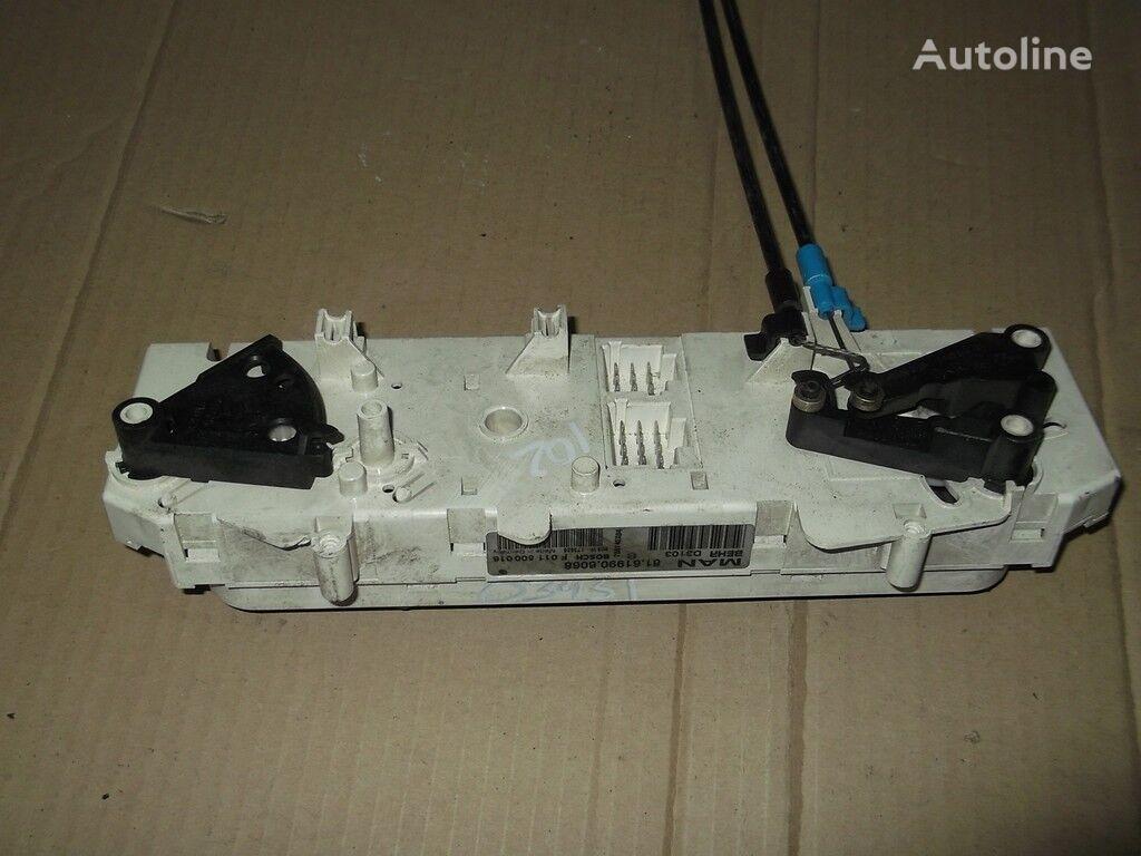 instrument tabla  Blok upravleniem pechkoy i kondicionerom za kamiona MAN