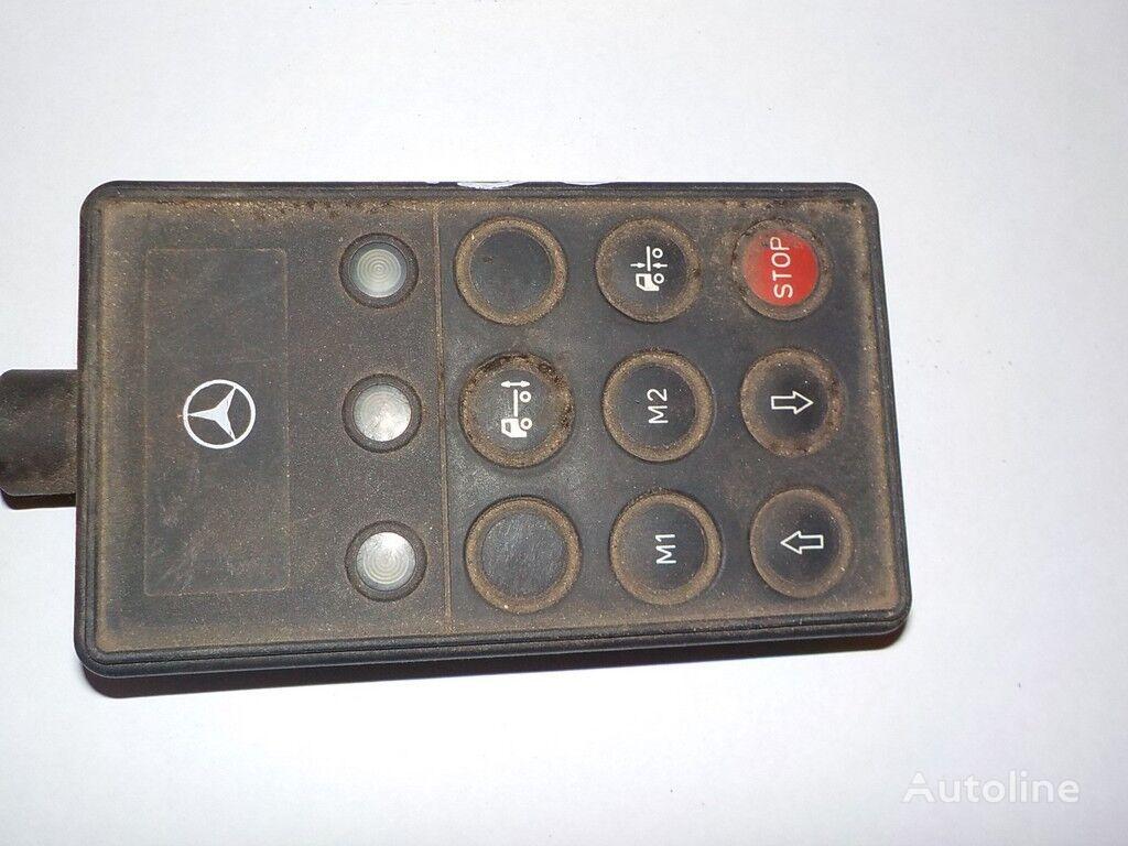 instrument tabla MERCEDES-BENZ Pult upravleniya pnevmopodveskoy za kamiona MERCEDES-BENZ
