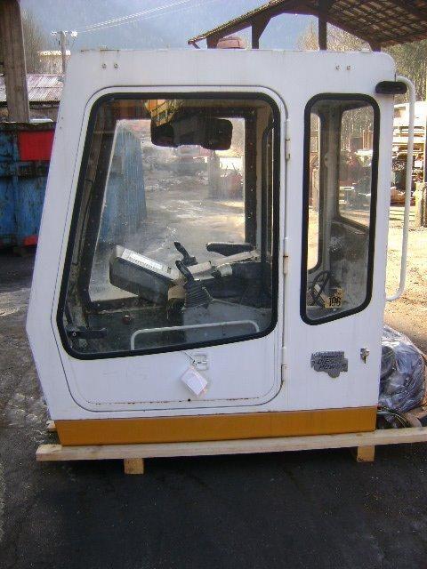kabina  Cab LIEBHERR za bagera LIEBHERR 942 Cab
