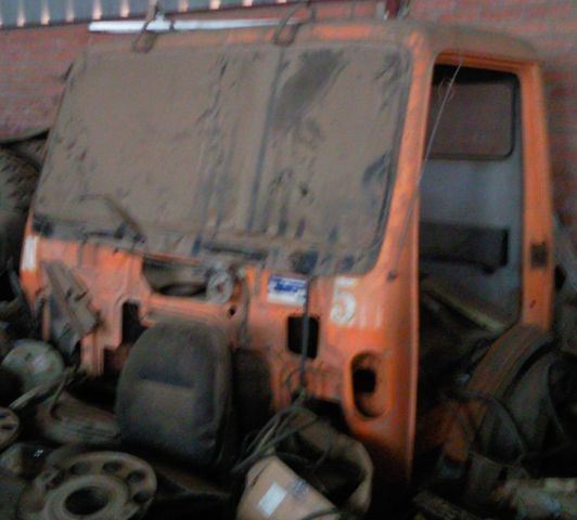kabina  cabina SK za kamiona MERCEDES-BENZ 1835 3534