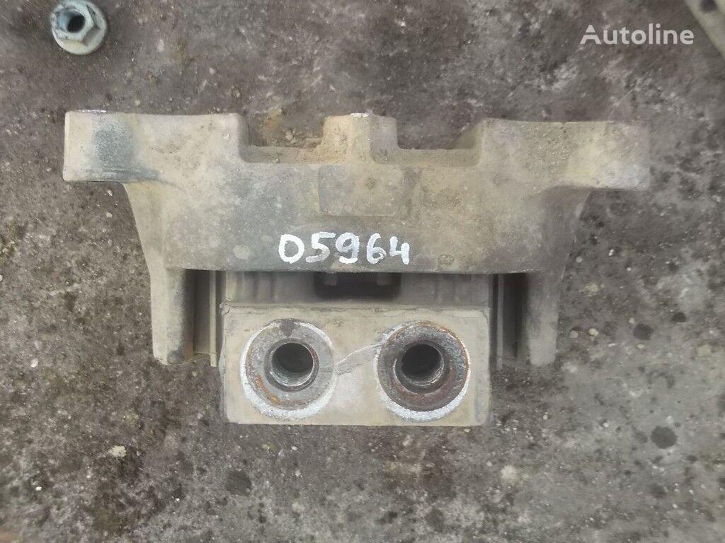 konzola motora Podushka dvigatelya speredi Mercedes Benz za kamiona