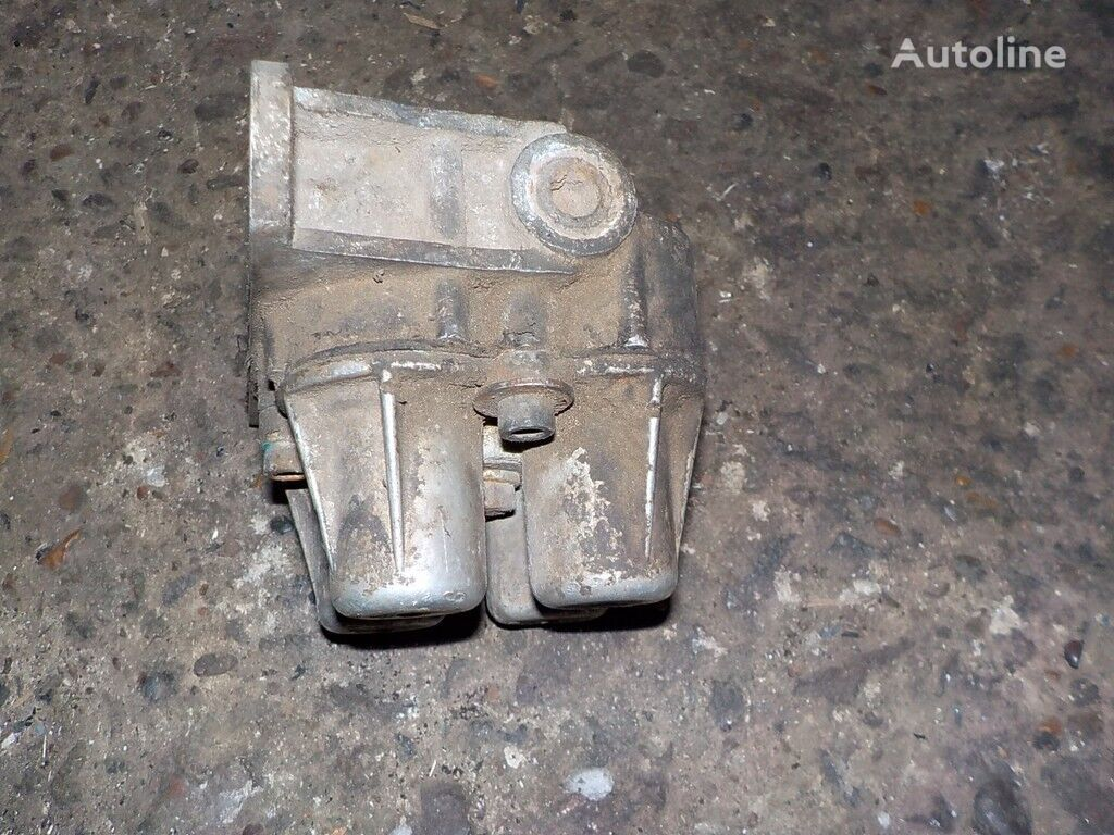 kran zashchitnyy 4-h konturnyy Renault za kamiona