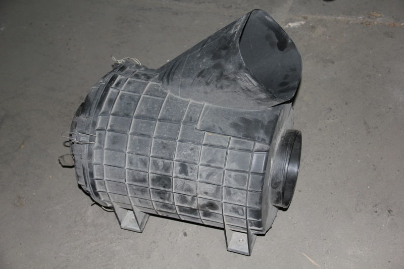 kućište filtera za vazduh  SCANIA za tegljača SCANIA SERIE 4 / R
