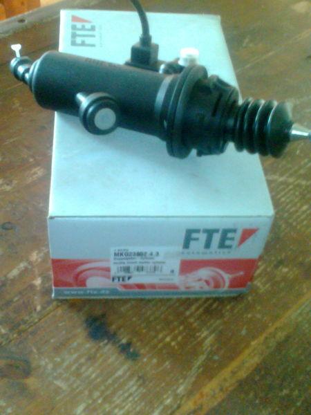 novo kvačilo MAN Cilindr MKG2385243 81307156154 FTE za tegljača MAN TGA
