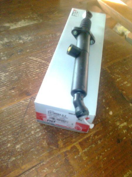 novo kvačilo  FTE Cilindr KG 190084.0.2      / 0022950406 za tegljača MERCEDES-BENZ ACTROS