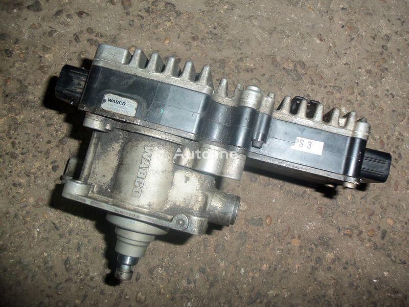 menjač MERCEDES-BENZ 5 Gate cylinder with gate module 0032600963, 0022602263, 0022606 za tegljača MERCEDES-BENZ Actros MP2, MP3 EURO3