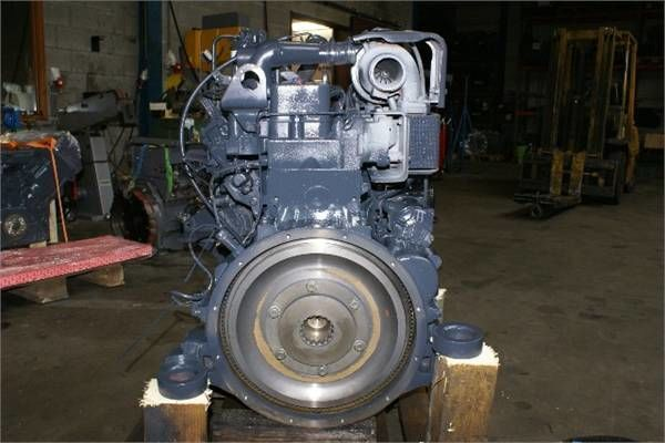 motor za buldožera KOMATSU S6D102E