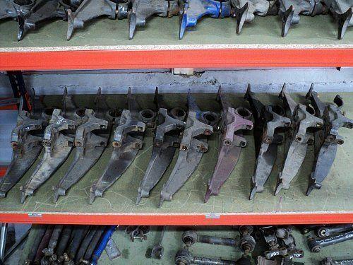 pričvršćivači  DAF MOCOWANIE PODUSZEK ZAWIESZENIA za tegljača DAF XF 95 / XF 105