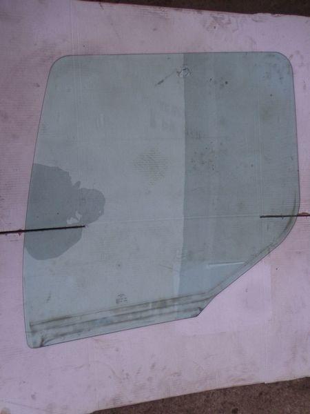 prozorsko okno  bokovoe za tegljača RENAULT Premium