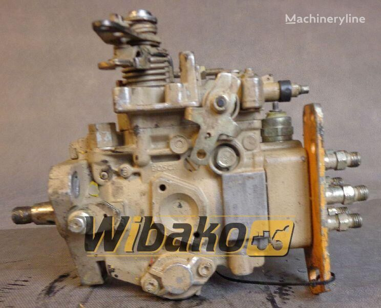pumpa visokog pritiska  Injection pump Bosch 3916937 za bagera 3916937 (0460426152)