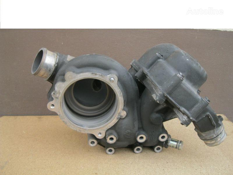 pumpa za hlađenje motora  WODY - OBUDOWA za tegljača DAF XF 105