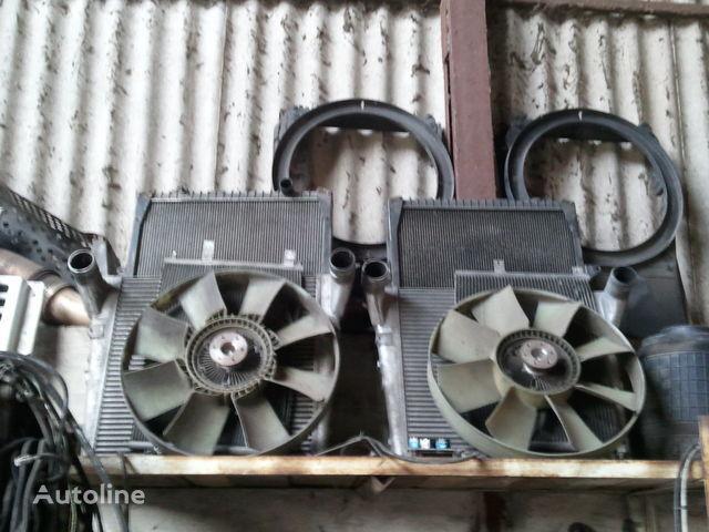 radijator za hlađenje motora RENAULT za tegljača RENAULT MAGNUM