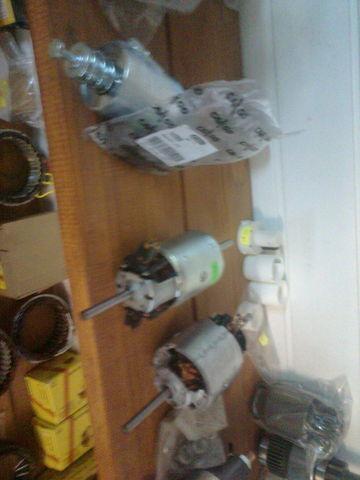 novi radijator  bosch Motor pechki 0130111130 za tegljača MERCEDES-BENZ ACTROS