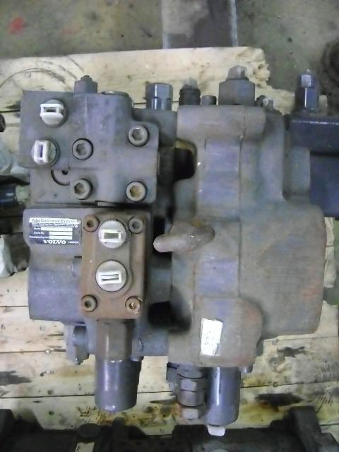 razvodnik paljenja za bagera VOLVO 210 B
