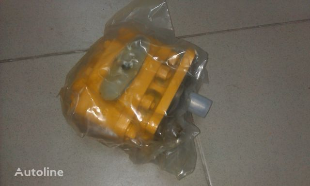 novi rezervni delovi  nasos rulevogo upravleniya SHANTUI SD23 za buldožera