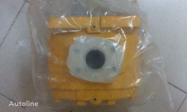 novi rezervni delovi  Gidronasos na korobku transmissii SHANTUI SD16 za buldožera