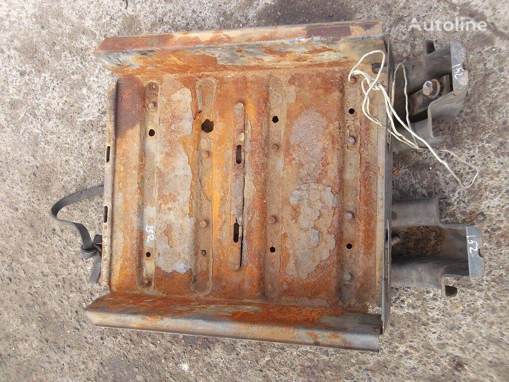 rezervni delovi Akkumulyatornyy yashchik DAF za kamiona