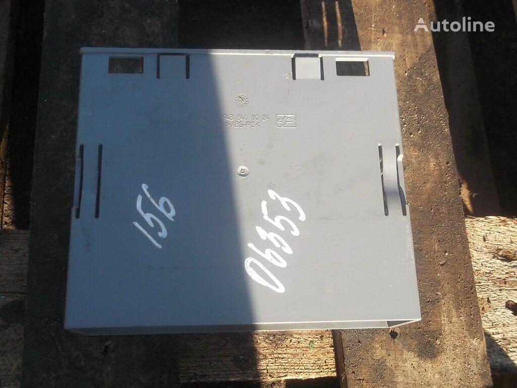 rezervni delovi Korob priborov peredney paneli za kamiona MERCEDES-BENZ