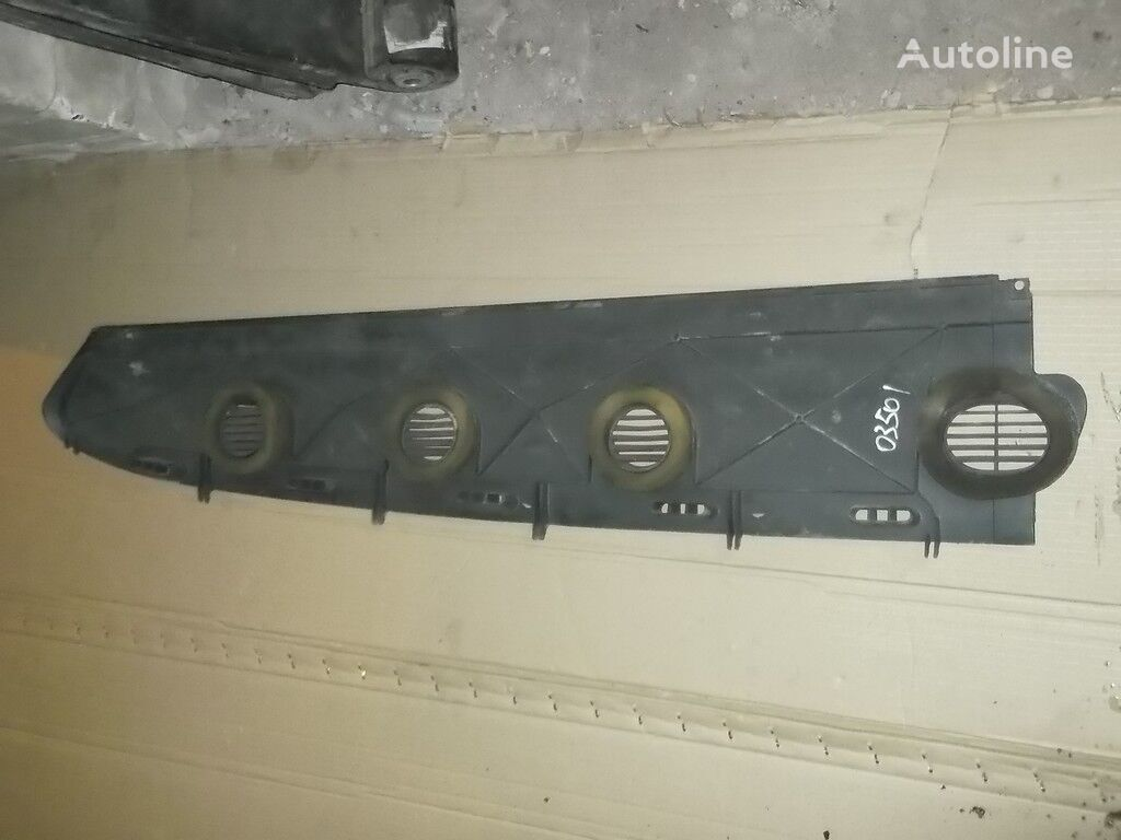 rezervni delovi  Vozduhovod peredney paneli Scania za kamiona