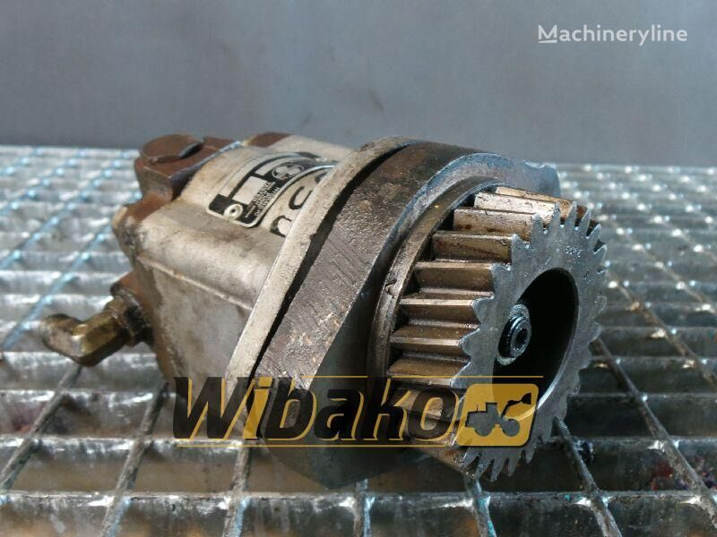 rezervni delovi  Gear pump Sundstrank A15L18303 za bagera A15L18303