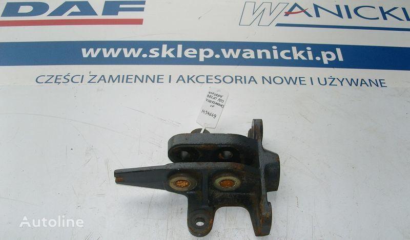rezervni delovi  DAF WSPORNIK BELKI POD ZDERZAKOWEJ za tegljača DAF CF 85