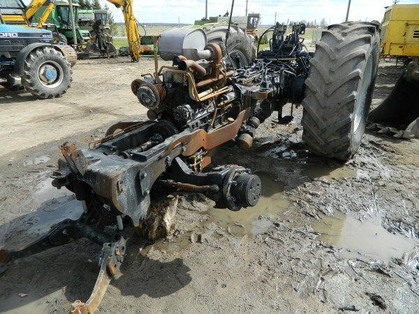 rezervni delovi  b/u zapchasti / used spare parts za traktora DEUTZ-FAHR AGROTRON 130