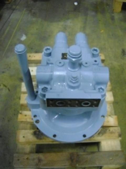 rezervni delovi  Swing Motor za bagera HITACHI ZX 240-3