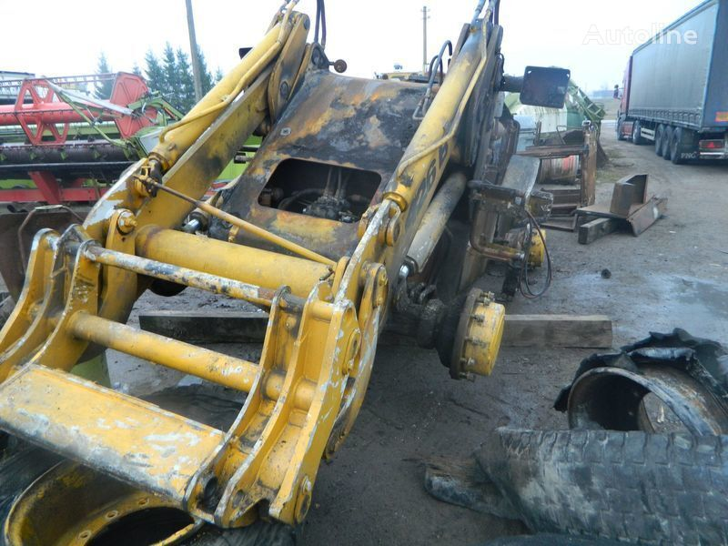 rezervni delovi  B/U ZAPChASTI/ used spare parts za utovarivača točkaša JCB 426 nakon udesa