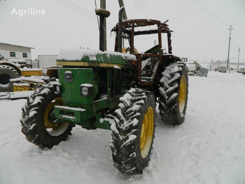 rezervni delovi b/u zapchasti / used spare parts JOHN DEERE za traktora JOHN DEERE 3050