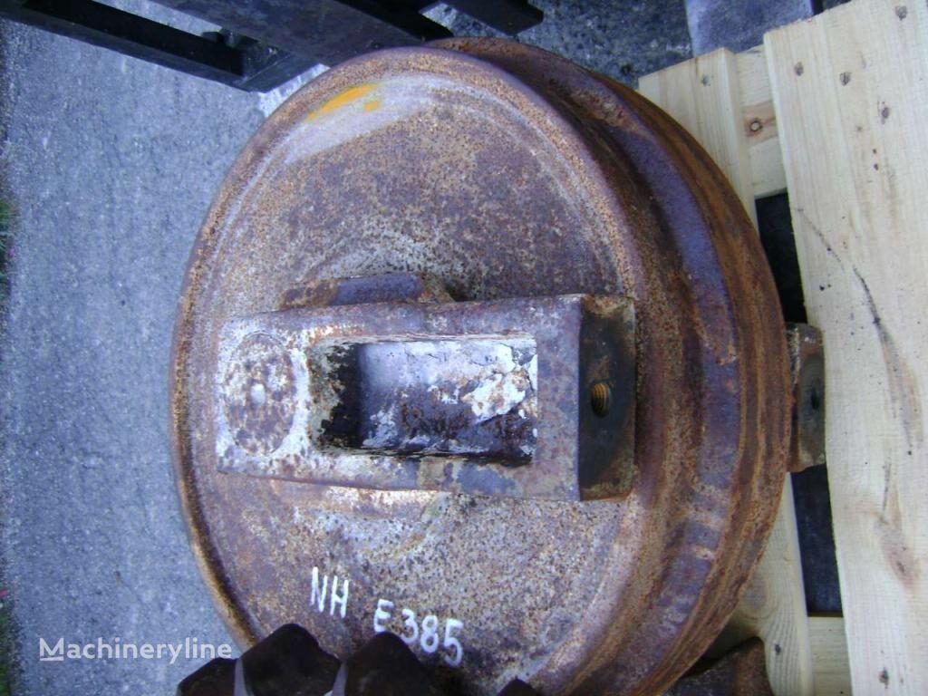 rezervni delovi  Idler Wheel za bagera NEW HOLLAND E 385