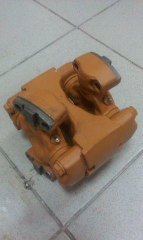rezervni delovi mufta soedinitelnaya 16y-12-00000  SHANTUI za buldožera SHANTUI SD16
