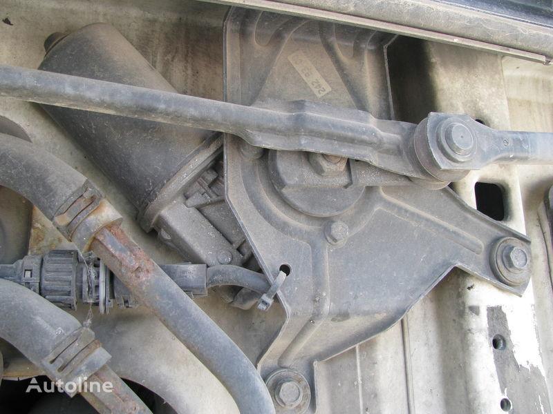 rezervoar tečnosti za pranje  Mehanizm stekloochistitelya za tegljača DAF