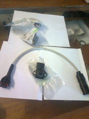 novi senzor  bosch Datchik turbiny 0281002244 za tegljača MERCEDES-BENZ Aktros