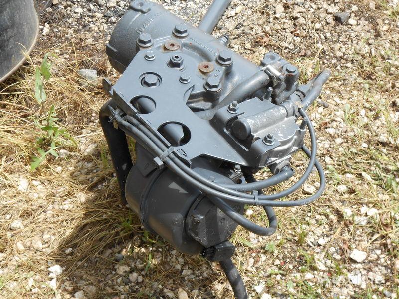 servoupravljač IVECO TRAKKER 2/3/4/Achser STRALIS 2/3/4 Achser NR. 8099955612 za kamiona IVECO TRAKKER AD/AT