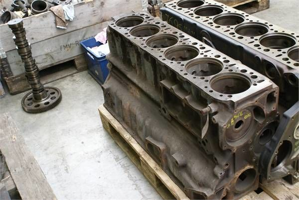 sklop cilindara za utovarivača točkaša MAN D2566 MKF 280BLOCK