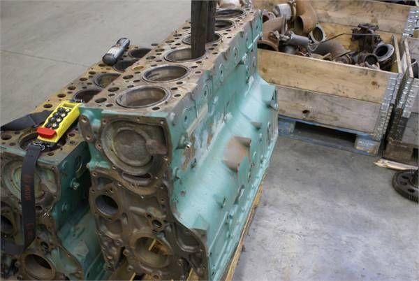sklop cilindara za autobusa VOLVO THD 101 GBBLOCK