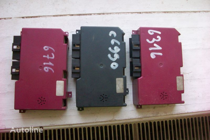 upravljačka jedinica  Bloki upravleniya paneli priborov za tegljača DAF