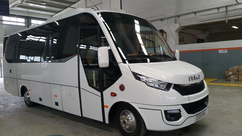 novi turistički autobus IVECO Erduman