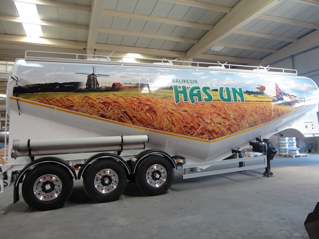 nova vozilo za prevoz brašna NURSAN Mukovoz